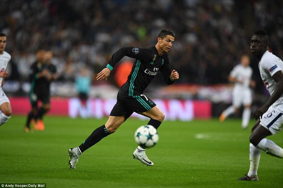 Ronaldo ghi bàn danh dự trong ngày Real Madrid bị Tottenham vùi dập - Ảnh 9.