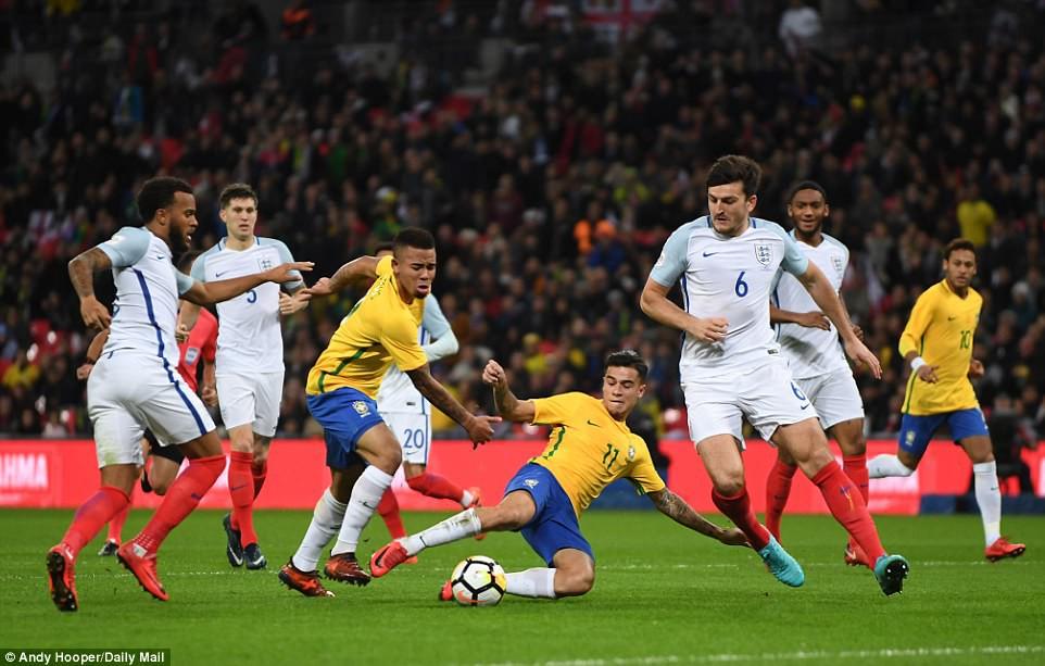 Neymar bất lực, Brazil hòa không bàn thắng với Anh trên sân Wembley - Ảnh 8.