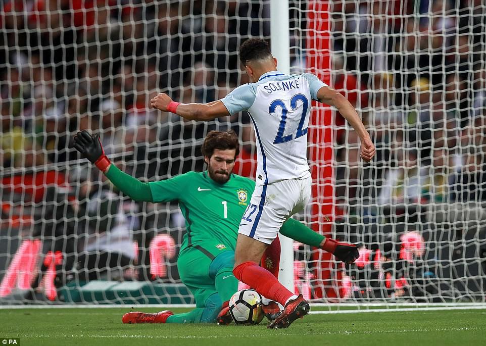 Neymar bất lực, Brazil hòa không bàn thắng với Anh trên sân Wembley - Ảnh 11.