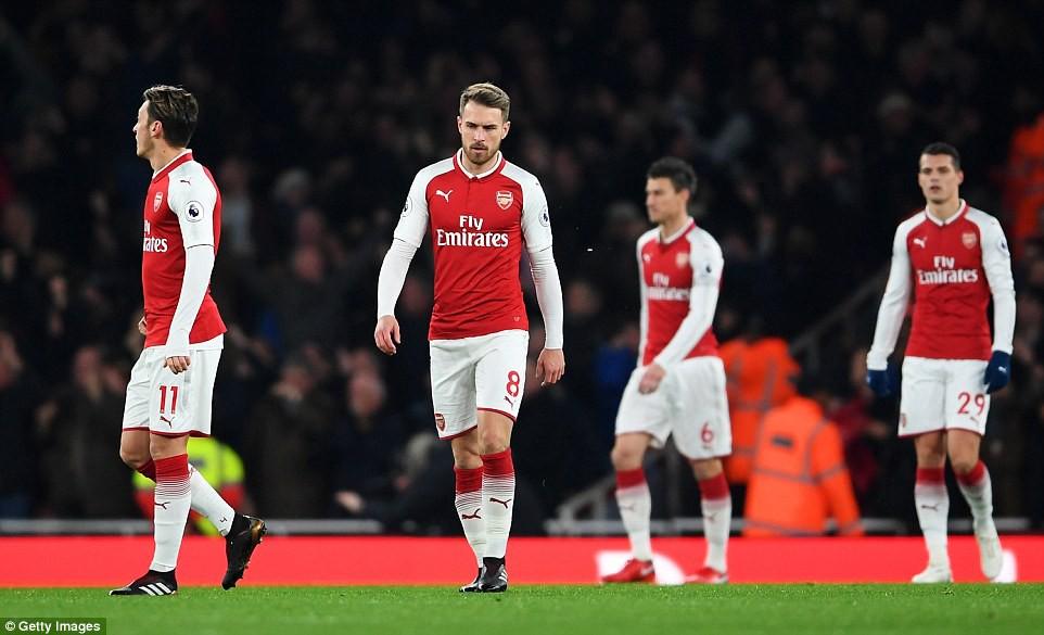 Man Utd quật ngã Arsenal dù Pogba nhận thẻ đỏ - Ảnh 4.