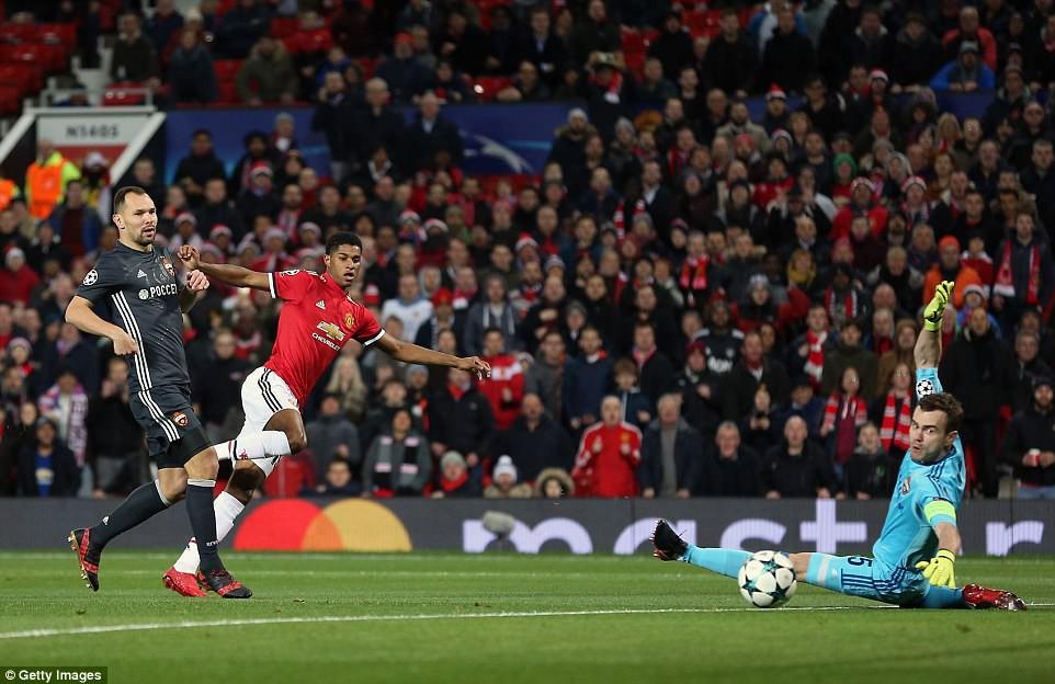 Man Utd lội ngược dòng, giành vé vào vòng knock-out Champions League - Ảnh 3.