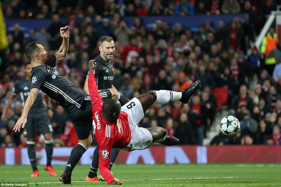 Man Utd lội ngược dòng, giành vé vào vòng knock-out Champions League - Ảnh 4.