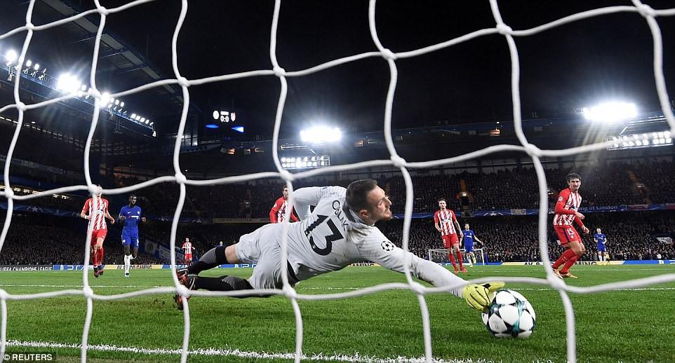 Mất ngôi đầu bảng, Chelsea có thể đụng độ PSG hoặc Barca ở vòng knock-out - Ảnh 6.