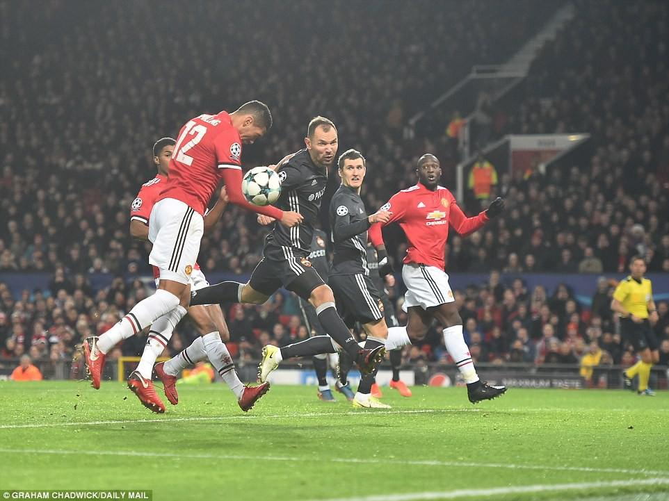 Man Utd lội ngược dòng, giành vé vào vòng knock-out Champions League - Ảnh 9.