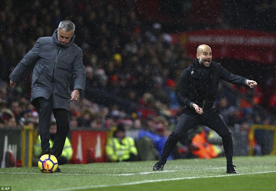 Man City hơn Man Utd tới 11 điểm, đi vào lịch sử Ngoại hạng Anh - Ảnh 17.