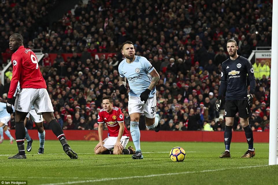 Lukaku thành tội đồ, Man City hạ Man Utd tại Old Trafford - Ảnh 3.