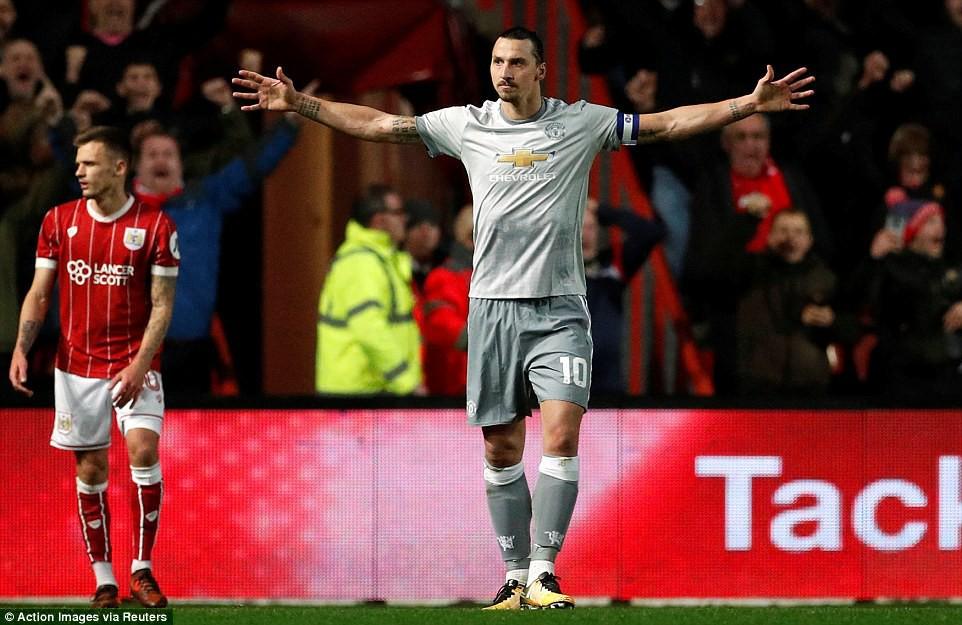 Thua đau phút bù giờ, Man Utd bị đá văng khỏi Cúp Liên đoàn - Ảnh 10.