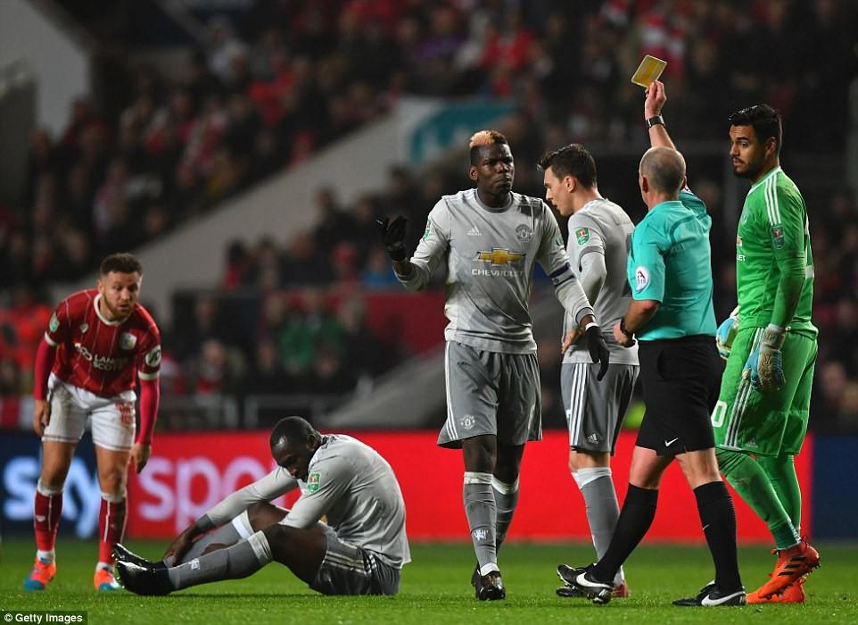 Thua đau phút bù giờ, Man Utd bị đá văng khỏi Cúp Liên đoàn - Ảnh 12.