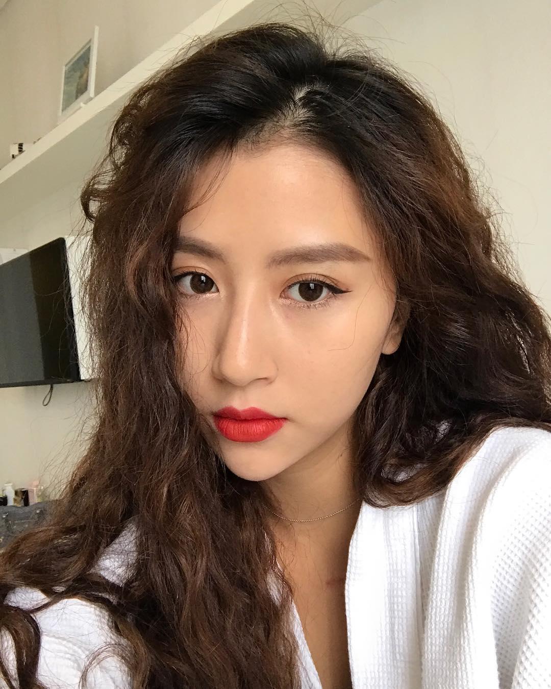 Xinh là một chuyện, các hot girl châu Á còn chăm áp dụng 5 bí kíp makeup này để có ảnh selfie thật ảo - Ảnh 12.