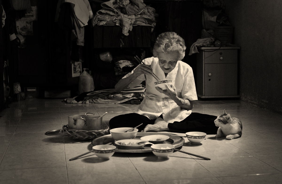 Đừng Chờ Đến Tết Mới Đoàn Viên, Hãy Về Nhà Ăn Cơm Với Bố Mẹ