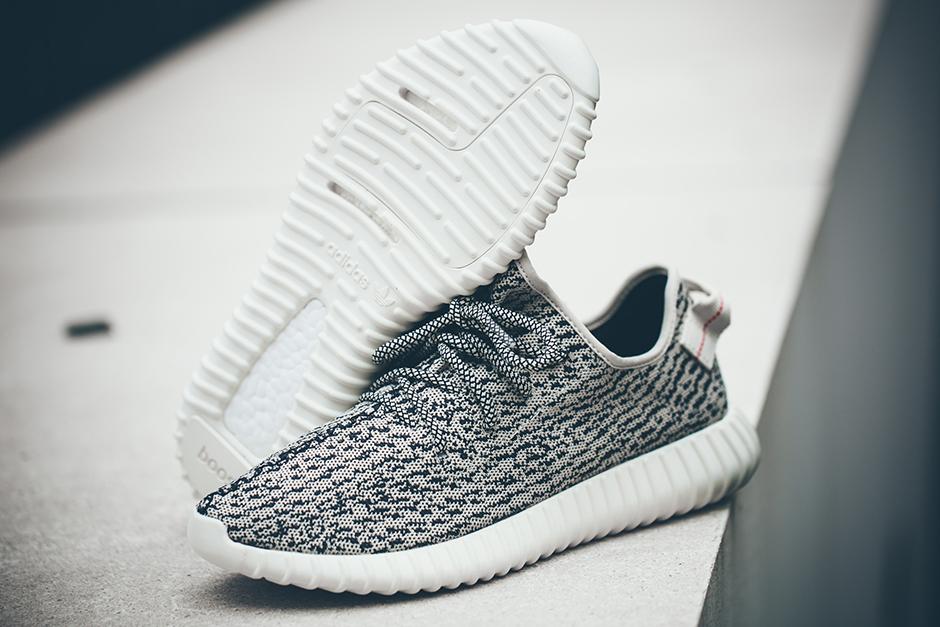 Giày Yeezy 350 có rất nhiều hàng fake, bạn đã biết cách phân biệt chưa? - Ảnh 5.