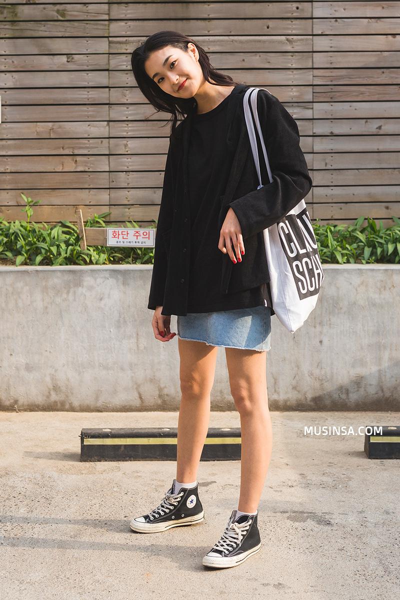 Ngắm các bạn trẻ Hàn mix đồ cool như thế này vừa thấy ghen tị vừa muốn phấn đấu mặc đẹp hơn nữa - Ảnh 5.