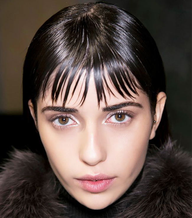 13 sự thật hết hồn chỉ những cô gái để tóc mái mới hiểu nổi - Ảnh 9.