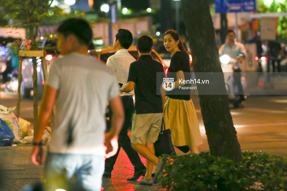 Hoa hậu Thu Thảo xuất hiện tay trong tay tình tứ cùng chồng sắp cưới trên phố sau khi báo hỷ - Ảnh 7.