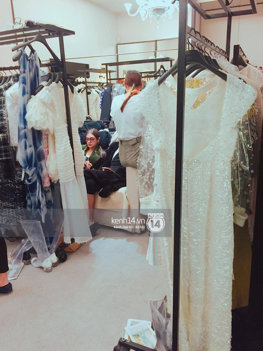 Độc quyền: Sau Louis Vuitton, Thùy Trang tiếp tục trình diễn cho private show của Chanel - Ảnh 4.