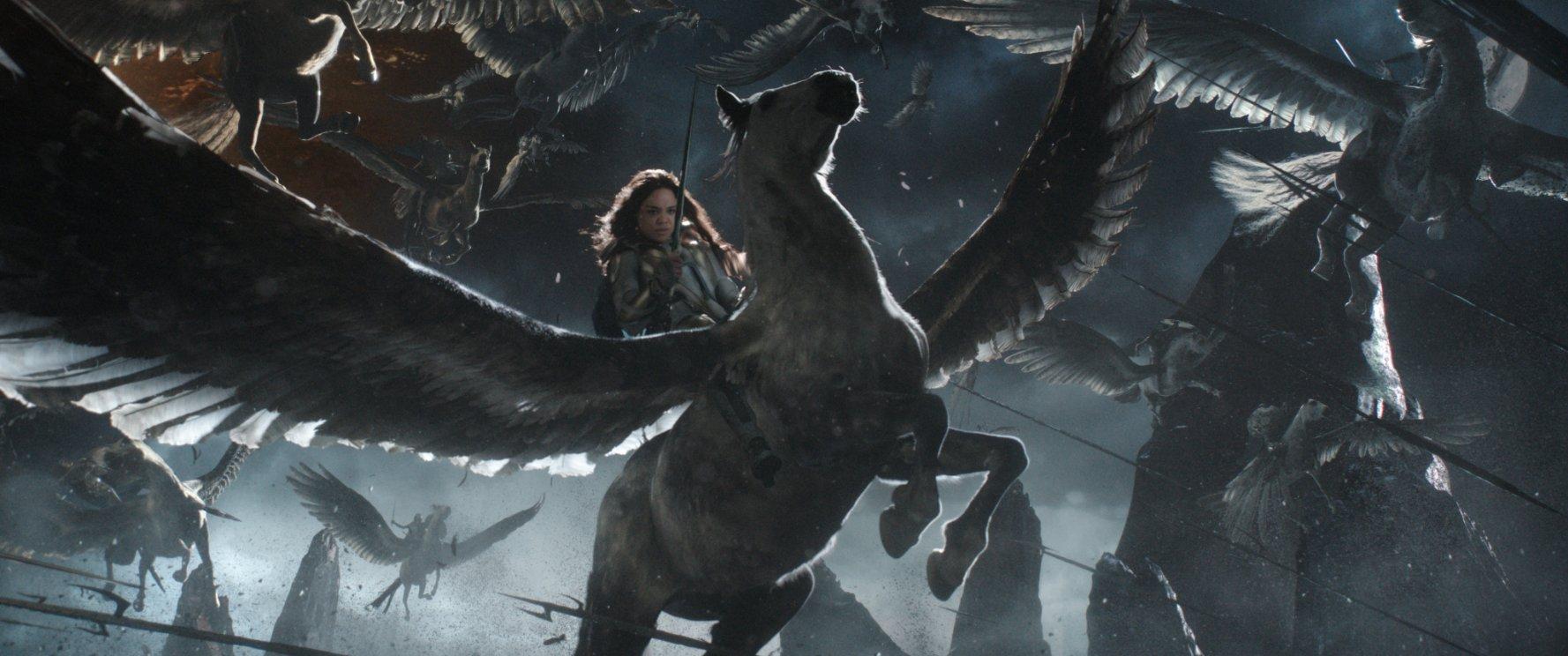 Thor: Ragnarok - Hài hước, hấp dẫn từng phút từng giây - Ảnh 5.