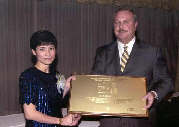 Nữ kỹ sư gốc Việt rạng danh trên đất Mỹ: Tất cả những gì tôi mong muốn là đất nước trở nên tốt đẹp hơn - Ảnh 1.
