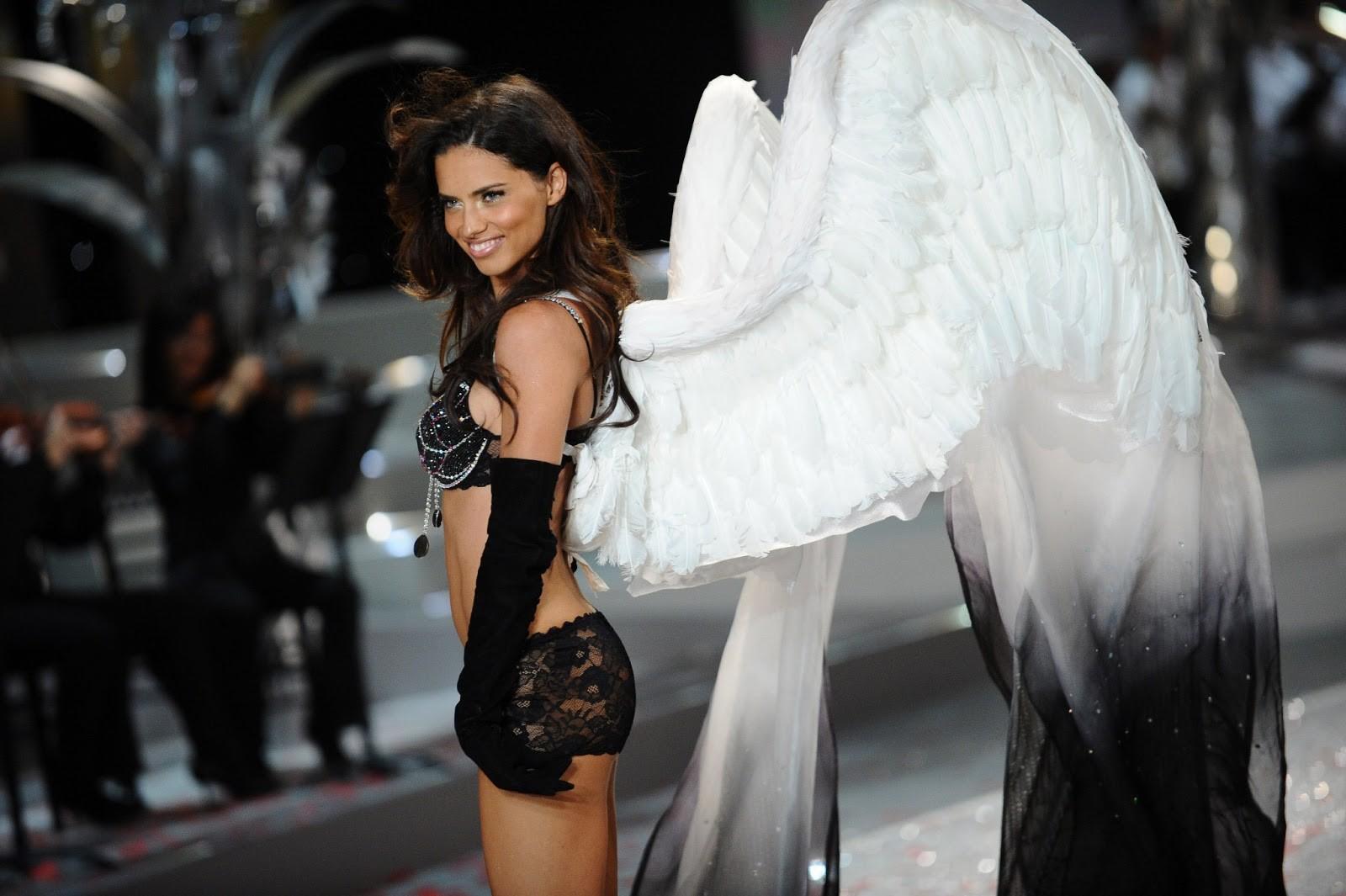 Bỏ theo dõi Instagram của Victoria's Secret cùng hàng loạt thiên thần, chị Đại Adriana Lima ẩn ý việc rời hãng? - Ảnh 7.