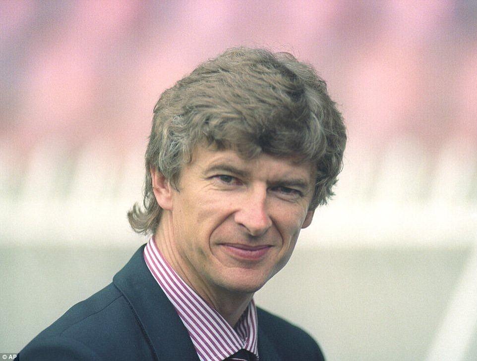 HLV Wenger hơn và thua Sir Alex ở điểm nào? - Ảnh 4.
