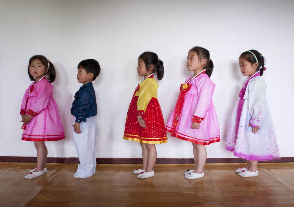 Quốc tế con gái 11/10: Hành trình đến trường gian nan của những bé gái trên toàn thế giới - Ảnh 21.