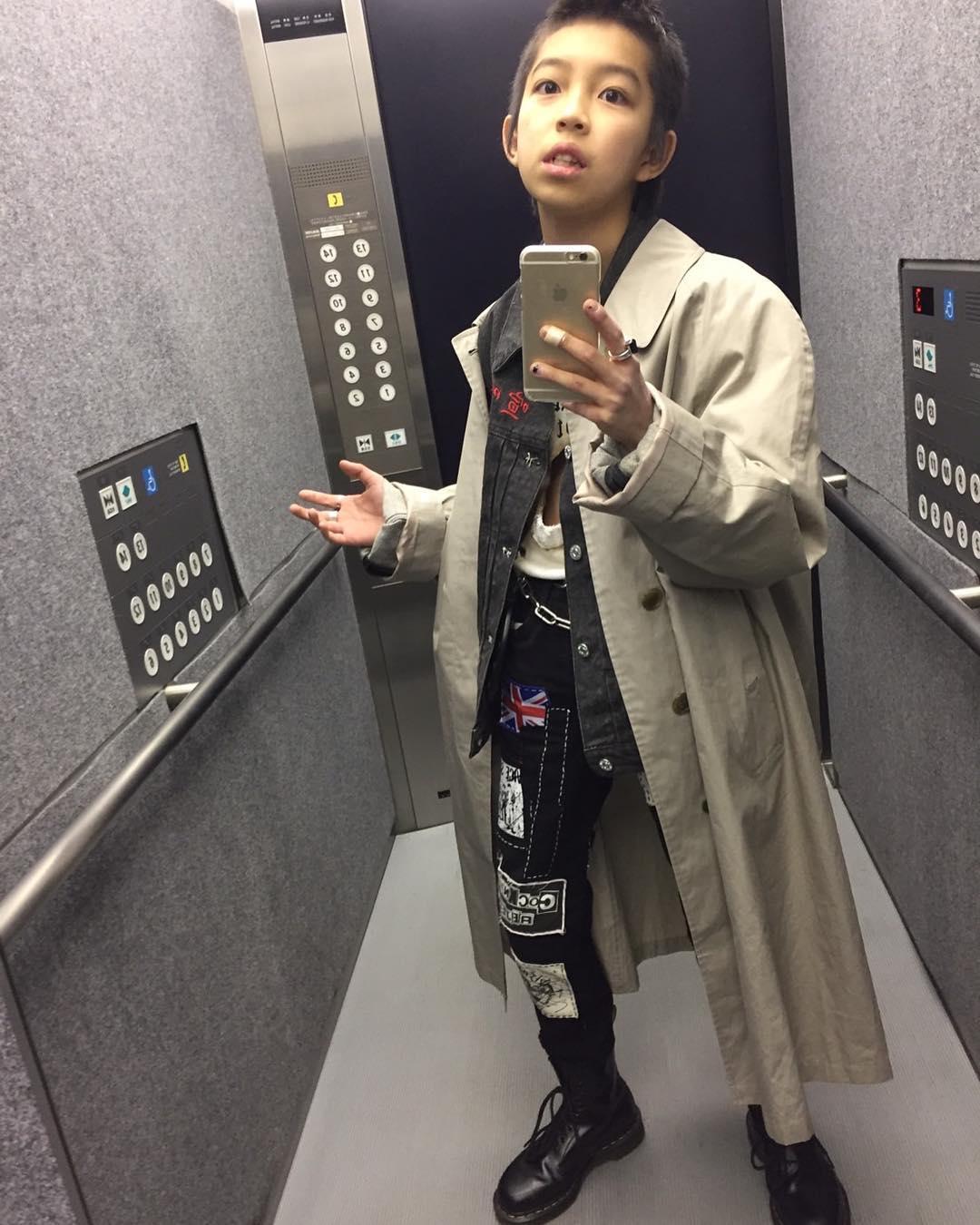 Kim Kardashian ư? Cậu nhóc 13 tuổi có style cực chất này mới là thánh selfie - Ảnh 10.