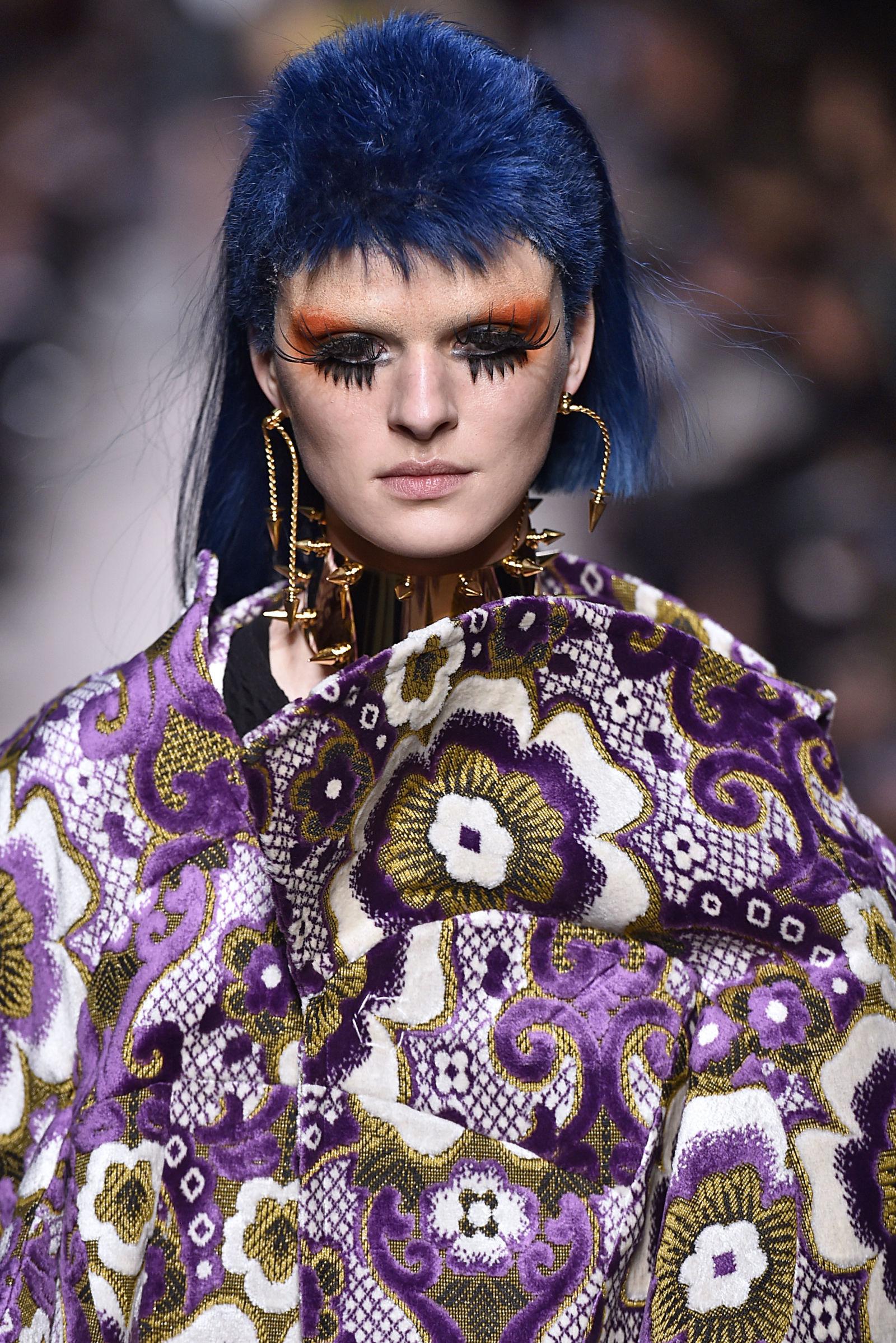 Những kiểu makeup dọa ma khiến người xem phải giật mình tại Tuần lễ thời trang Thu/Đông 2017 - Ảnh 5.