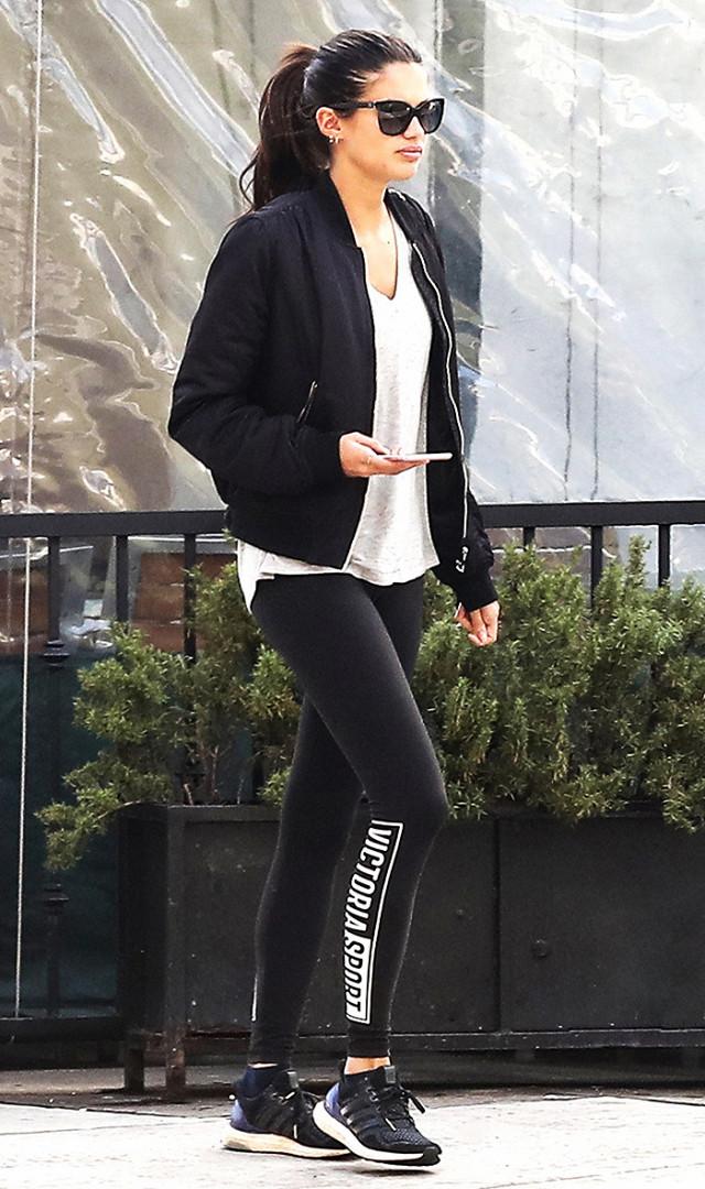 Năm 2017 rồi, nếu có diện legging thì phải diện như thế này mới chất nhé các cô nàng! - Ảnh 17.