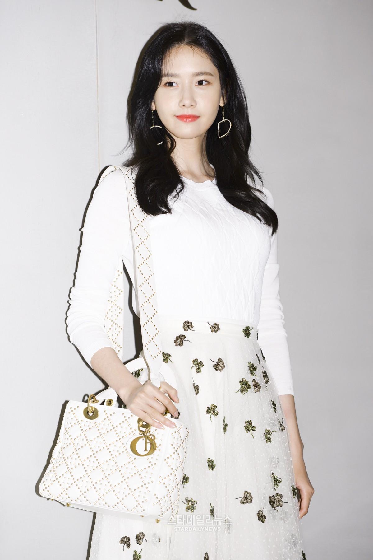 Yoona và Sulli cùng diện đồ hiệu đẳng cấp, đọ sắc vóc một chín một mười tại sự kiện của Dior - Ảnh 7.