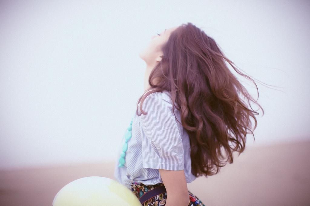 Tình yêu đi xa rồi tình yêu sẽ quay về, chỉ là bởi một hình dáng khác mà thôi - Ảnh 1.