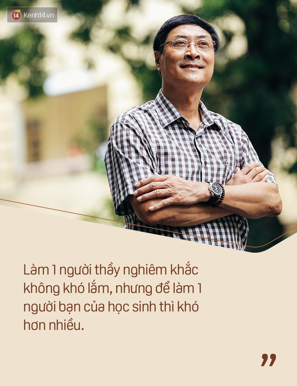 Chỉ còn 1 năm cuối ở Việt Đức nữa thôi, thầy Bình sẽ luôn được học sinh nhớ đến là thầy hiệu trưởng vui vẻ nhất Hà Nội! - Ảnh 11.