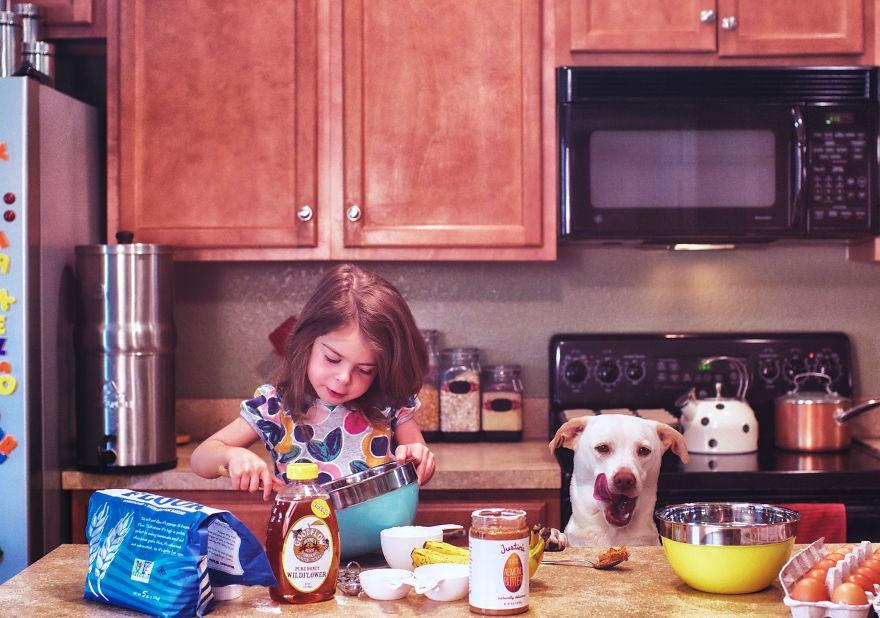 Nhũn tim trước hình ảnh thắm thiết quấn quýt bên nhau của cô chủ nhỏ và chú chó - Ảnh 13.