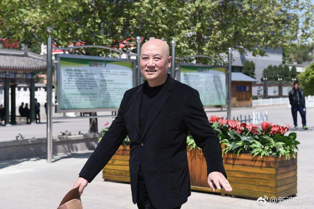Tôn Ngộ Không, Trư Bát Giới cùng dàn sao Tây Du Ký ngậm ngùi trong tang lễ đạo diễn Dương Khiết - Ảnh 2.