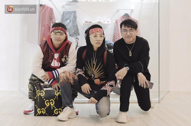 Giới trẻ Việt thi nhau mặc hoodie trăm triệu của Louis Vuitton x Supreme và đồ streetwear đắt đỏ tới Sole Ex 2017 - Ảnh 10.