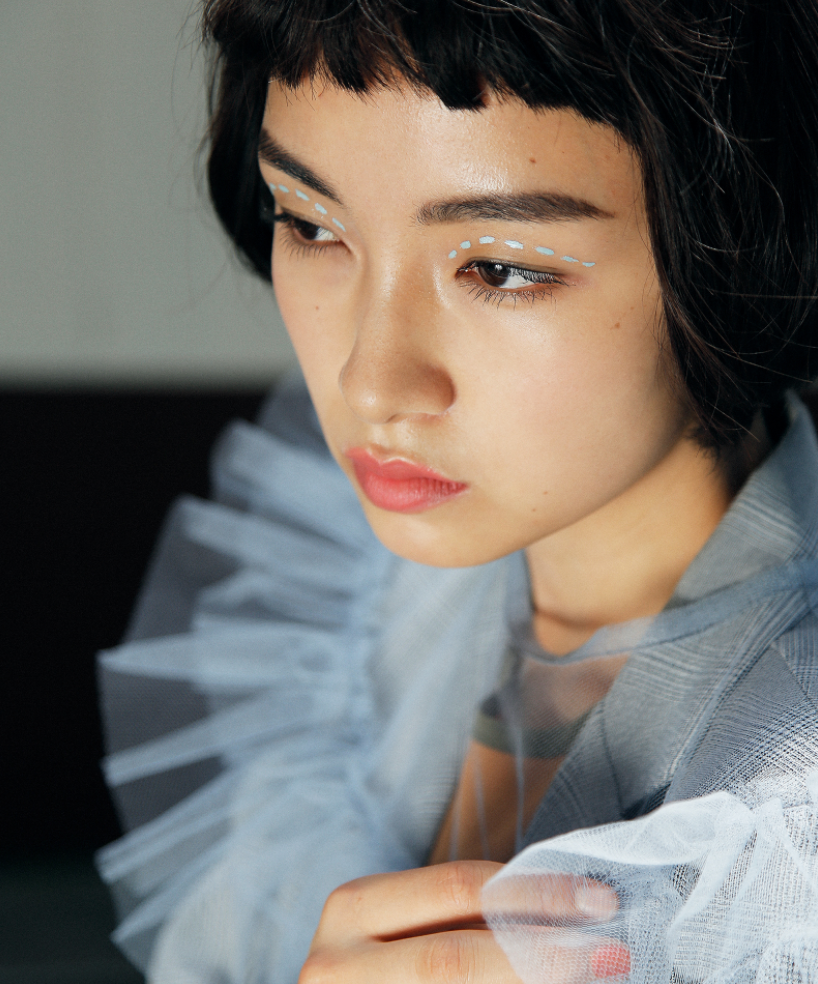 10 xu hướng makeup mùa thu tuyệt đẹp từ sàn runway con gái châu Á có thể áp dụng ngon ơ - Ảnh 9.