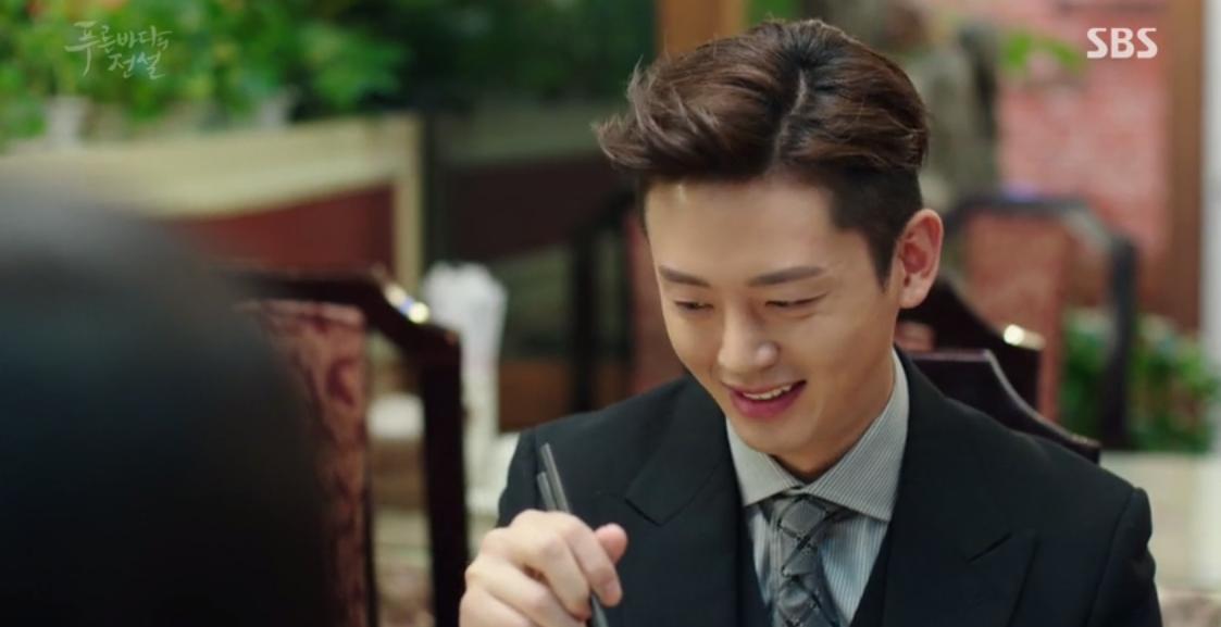 Huyền Thoại Biển Xanh: Gặp anh trai và bạn gái mình ăn mảnh, đố bạn Lee Min Ho nói gì? - Ảnh 3.
