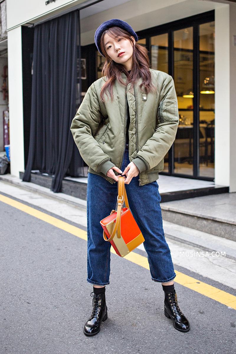 Ngắm street style đông đẹp đáng ghen tị của giới trẻ thế giới để ủ mưu lên đồ cho đợt lạnh tới - Ảnh 7.