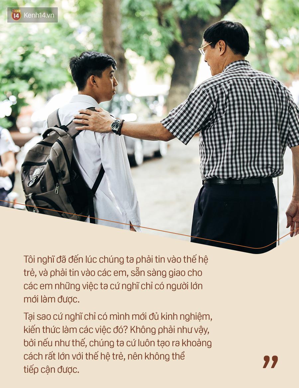 Chỉ còn 1 năm cuối ở Việt Đức nữa thôi, thầy Bình sẽ luôn được học sinh nhớ đến là thầy hiệu trưởng vui vẻ nhất Hà Nội! - Ảnh 13.