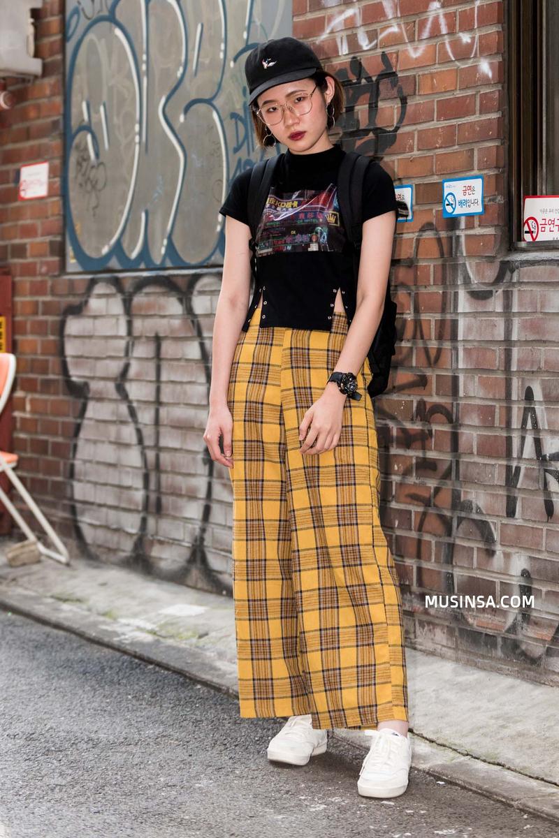 Giới trẻ Hàn lại mang đến cả tá gợi ý mặc đẹp mà chẳng cần cầu kỳ qua street style mãn nhãn - Ảnh 7.