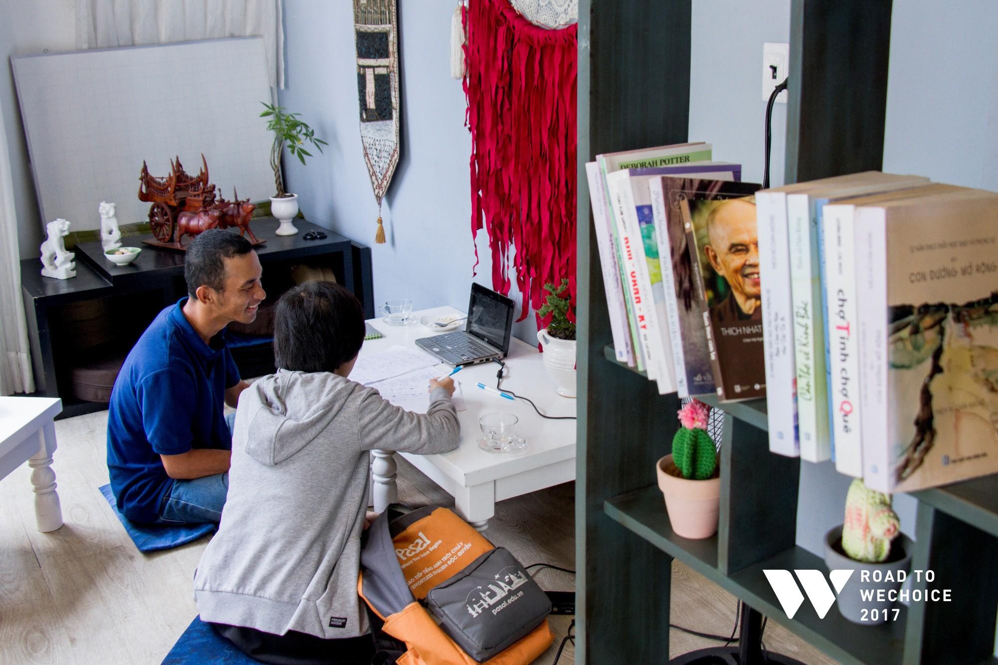 """Chuyện đời """"cũng bình thường thôi"""" của chàng shipper khuyết tật miệt mài đạp xe giao hàng khắp Sài Gòn - Ảnh 4."""
