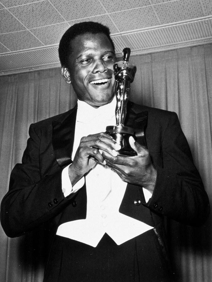 Oscar và 17 cột mốc kì diệu của những huyền thoại - Ảnh 8.