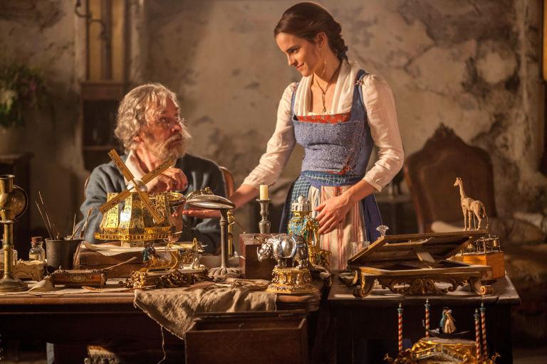 Quên Quái vật đi, Gaston mới chính là mẫu đàn ông các cô gái phải lấy làm chồng! - Ảnh 8.