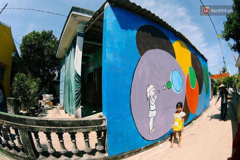 Lý Sơn đâu chỉ có biển đẹp, Lý Sơn giờ có cả một làng bích họa mới toanh cho bạn tha hồ chụp ảnh - Ảnh 8.