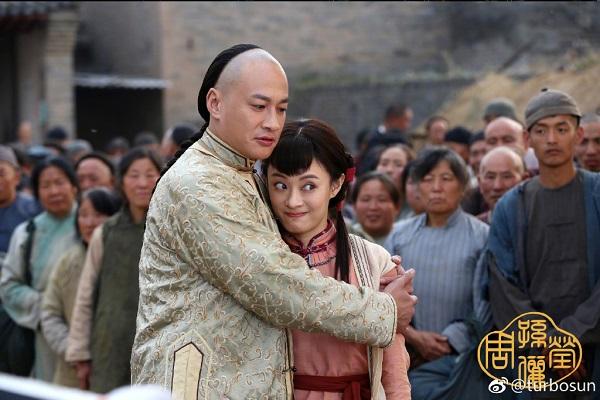 Thẩm Tinh Di bất ngờ khi biết Châu Doanh là thiếu phu nhân Đông gia trong phim Năm ấy hoa nở trăng vừa tròn