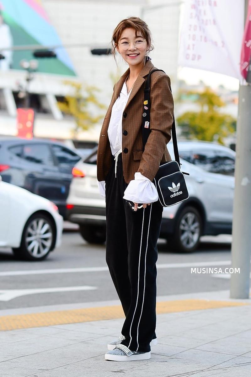 Chỉ dạo phố mà giới trẻ Hàn vẫn lên đồ đẹp hết nấc, không học hỏi đôi chút thì quả là phí - Ảnh 7.