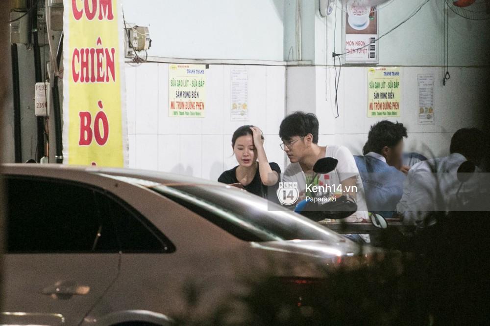 Midu tiếp tục bị bắt gặp tình tứ với bạn thân của Phan Thành trên phố - Ảnh 12.
