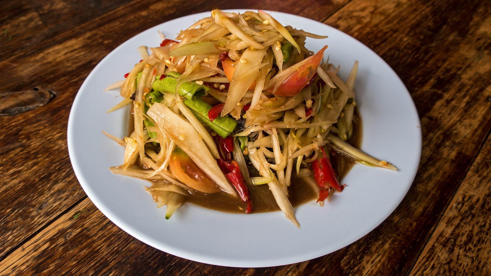 Không chỉ lẩu Thái Tomyum, xứ sở Chùa Vàng còn có đến 10 món cay xé lưỡi - Ảnh 8.
