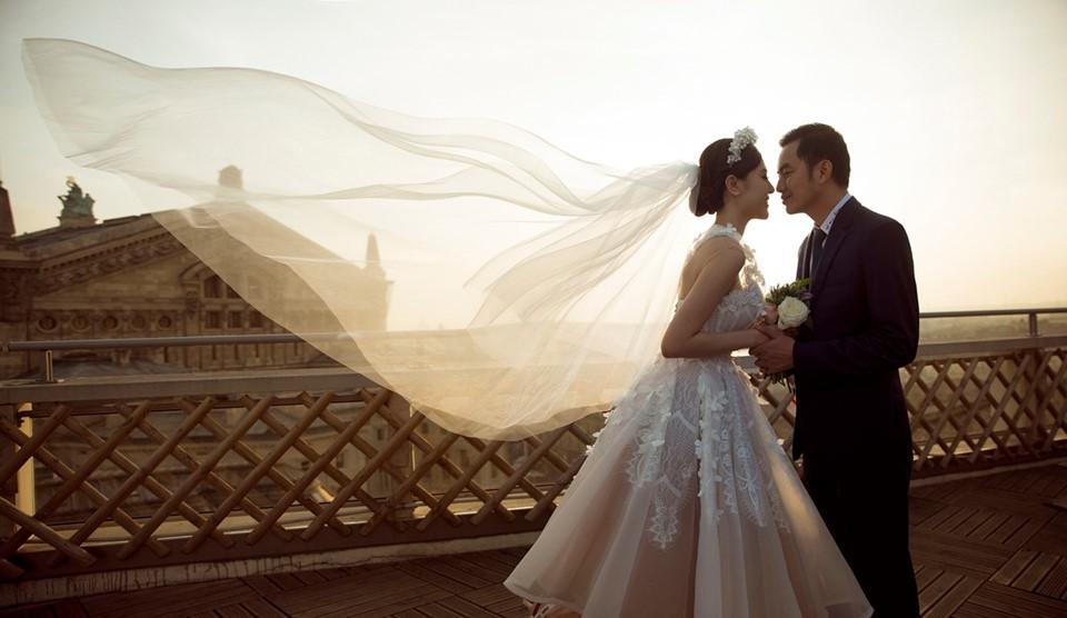 Hé lộ thiệp mời đám cưới của Nữ hoàng sắc đẹp Ngọc Duyên và chồng tỷ phú hơn 18 tuổi - Ảnh 5.