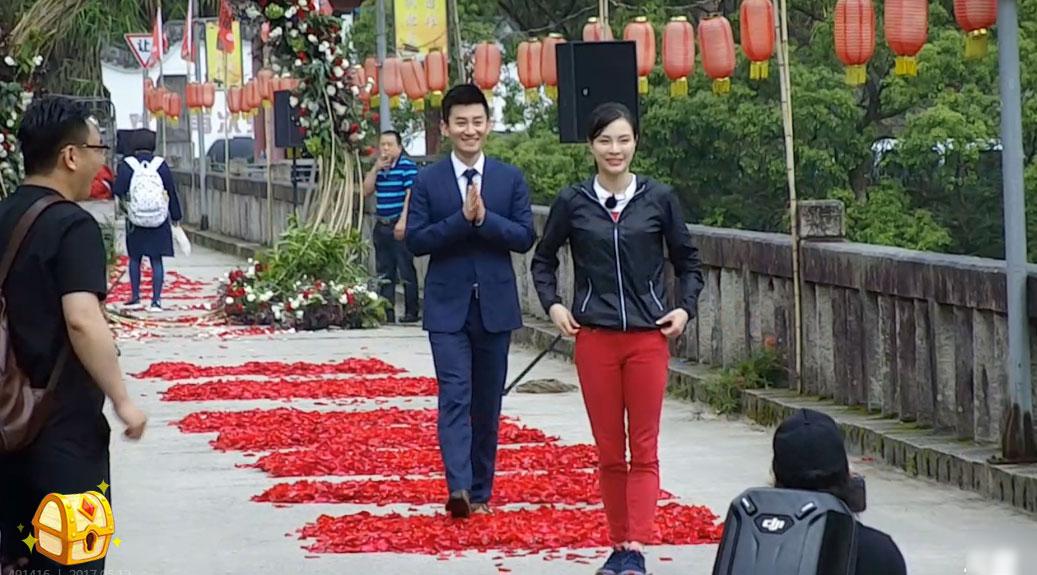 Nữ hoàng nhảy cầu Trung Quốc bật khóc khi bạn trai kém tuổi cầu hôn - Ảnh 9.