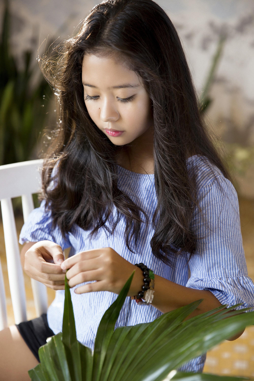 """Gặp bé Hai Thơ trong """"Mẹ chồng"""": Cô người hầu nguy hiểm nhất màn ảnh Việt - Ảnh 3."""