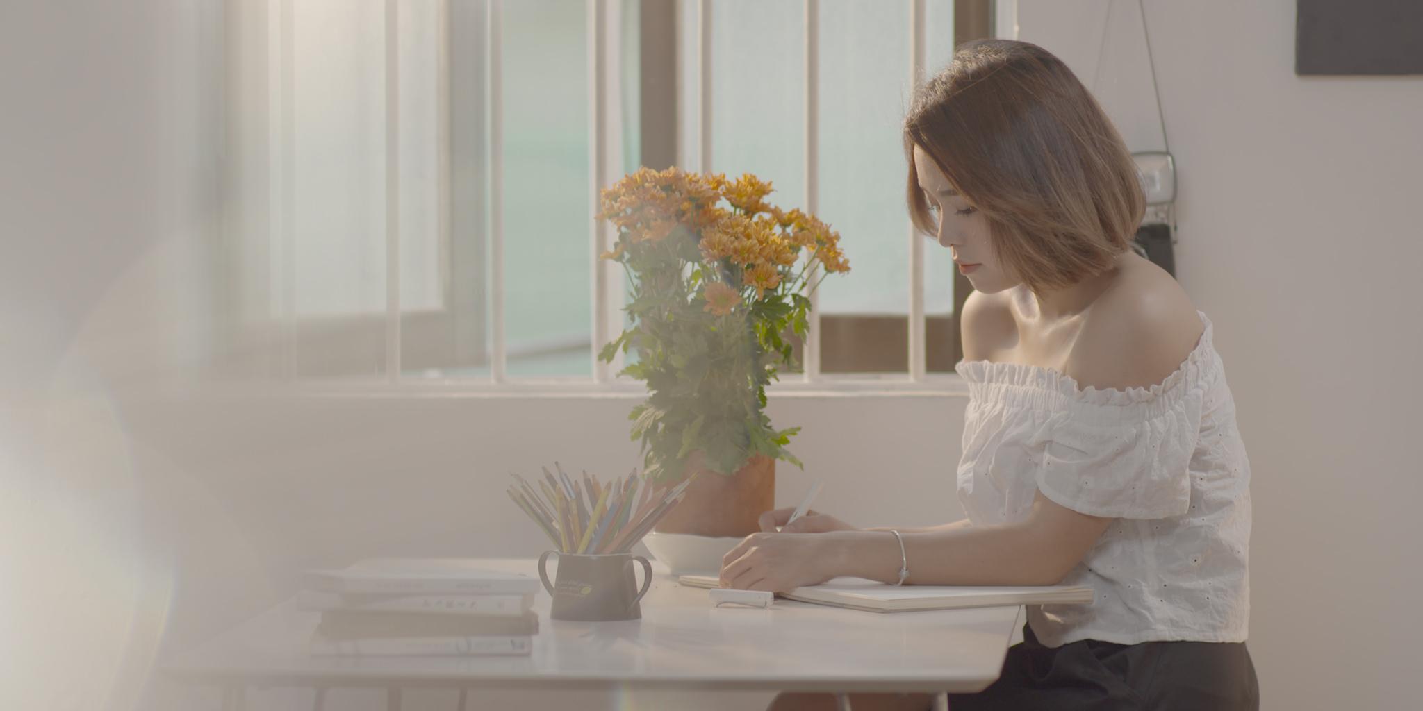 Quang Đăng, Thái Trinh hôn nhau ngọt ngào trong MV đậm chất ngôn tình - Ảnh 5.